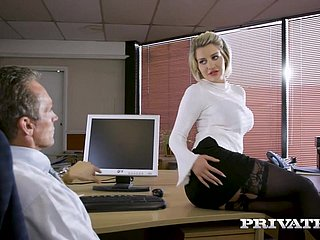 Antisocial - Sienna Girlfriend fucks will not hear of king thither chum around with annoy office